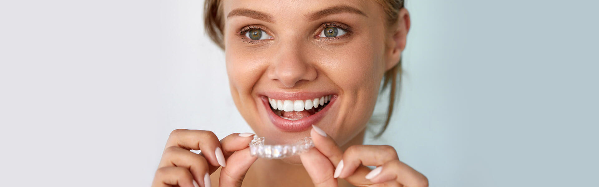 9 Reasons to Get Invisalign That Have Nothing to Do With Looks