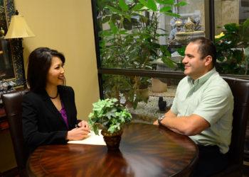 Dr Lauren Nguyen Consulting Patient