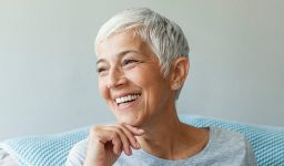 DENTURES: TYPES, HOW TO GET THEM AND CARE TIPS